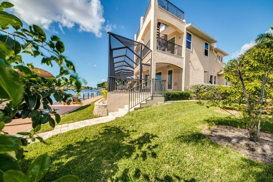 Seitenansicht Villa The Beachwalk Ferien auf drei Ebenen