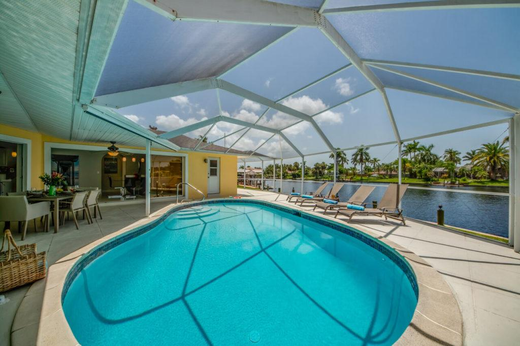 Poolbereich Ferienhaus Villa Pura Vida Cape Coral